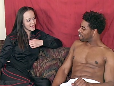 Poppy Seducing a Black Hunk